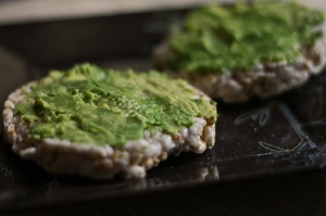 brown rice cake avocado